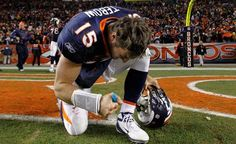 I love how Tim gives everything to God no matter what! It's inspiring to see his determination to be the best he can be and still stay humble! This is after an amazing finish in overtime during the Broncos-Steelers playoff game