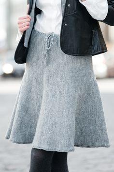 Naisen poikittain neulottu hame Novita Nalle | Novita knits Tulle, Knitting, Skirts, How To Wear, Crafts, Diy, Fashion, Tricot, Moda