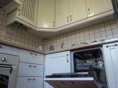 Белая кухня совмещенная с гостиной в хрущевке 5,6 кв.м. (до и после) Vintage Housewife, Home Room Design, Old Recipes, House Rooms, Country Kitchen, Kitchen Interior, Homemaking, Housekeeping, Interior Decorating