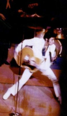 Elvis on stage at the Hilton in august 1 , 1969.