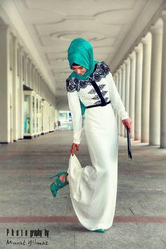 Hijabi fashionista. love love these colors.