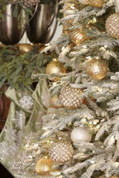 FRENCH COUNTRY COTTAGE: Glistening gold, sage velvet &...tinsel