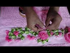 COMO BORDAR CON CINTAS O LISTON PASO A PASO LA FLOR DELFINIO - YouTube Satin Ribbon Flowers, Ribbon Art, Ribbon Crafts, Fabric Flowers, Embroidery On Clothes, Ribbon Embroidery, Yo Yo Quilt, Black Ribbon, Sewing Patterns