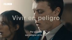 "George MacKay (""El secreto de Marrowbone"", ""Pride"") protagoniza el aclamado debut de Paul Wright. Un cuento de amor y pérdida, bello y sensorial, poético y alucinado, sobre la culpa y el rechazo, que ha sido señalado como el heredero natural de ""Bestias del Sur Salvaje"". #Vivir en peligro #PaulWright #Cinema #Movies #CinEu George Mackay, Trailer Peliculas, Tears For Fears, British Accent, We Get Married, International Film Festival, Male Face, Face Claims, Filmmaking"