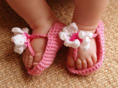 Crocheting: Baby Girl FlipFlop Sandals.
