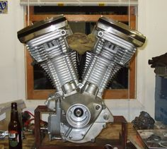 In this episode of Why things are the way they are, Uncle Loomis explains why Harley-Davidsons have dry-sump engines.