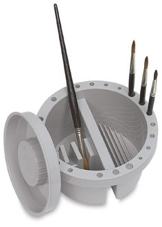 Loew Cornell Round Brush Tub: Good for cleaning and storing brushes.