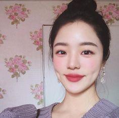 💅🏻@oliwiasierotnik💅🏻 Korea Makeup, Asian Makeup, Korean Beauty, Asian Beauty, Important Makeup Tips, Beauty Make Up, Hair Beauty, Ulzzang Makeup, Uzzlang Girl