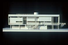 School Architecture, Modern Architecture, Site Model, Richard Meier, Building Images, Arch Model, International Style, Le Corbusier, Modernism
