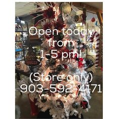 We are opening the doors of our store today from 1 to 5 PM for your shopping convenience! Come In for a stress-free beautiful shopping experience away from the crowds and traffic of South Broadway! Whether you are you looking for Pandora jewelry Waxing Poetic jewelry holiday decor personalized ornaments stocking stuffers clothing accessories candles etc. We've got what you need! (Restaurant will remain closed today.) 903-592-4171 #tphtyler #holidaycountdown #giftgivingmadeeasy…