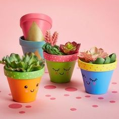 Mothers Day Crafts For Kids Discover Martha Stewart Crafts Basic Brush Set 5 Pc Painted Kawaii Clay Pot Flower Pot Art, Flower Pot Design, Flower Pot Crafts, Clay Pot Crafts, Cactus Flower, Diy Crafts Home, Easy Crafts, Small Flower Pots, Plant Crafts