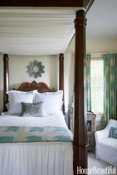 """Of this lofty American Empire bed, Vizard jokes, """"Guests are either dying to stay in it or terrified, depending on their athletic ability."""""""