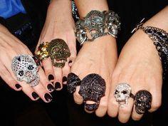 skulls, skulls, skulls....