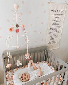 PetuniaPetunia Designer Baby Counting Black Sheep Mobile Crib
