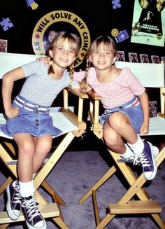 Mary-Kate Olsen(blue) & Ashley Olsen(pink) at an event 1994 or 1995