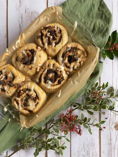 sweet rolls, Christmas morning Heaven