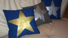 Pillows made by hand DIY -  Coussins fait main avec des étoiles peintes