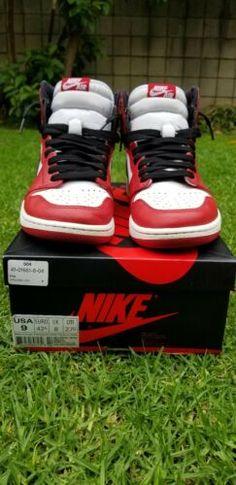 super popular ea2bb e6675 Nike Air Jordan 1 Chicago 2015 size 9