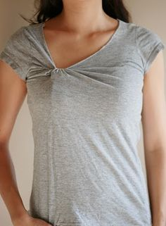 knotted t-shirt diy #TShirt #Refashion #Reconstruct #Revamp #Repurpose #Recycle #Redo #Reuse #Makeover #Upcycle #Recreate #DIY