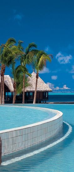 Bora Bora Nui Pool <3 More information:TRAVEL JOURNEYS <3 www.travel-journeys.com <3 joy@travel-journeys.com