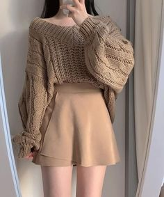 Korean Girl Fashion, Ulzzang Fashion, Kpop Fashion Outfits, Korean Outfits, Mode Outfits, Skirt Outfits, Cute Casual Outfits, Pretty Outfits, Stylish Outfits