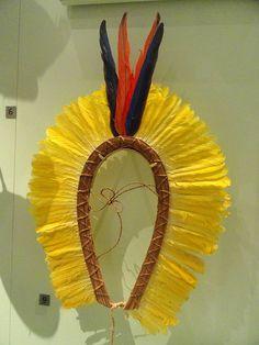 Headdress worn in ceremonies by boys and men, Kayapo culture, Porori, Xingu National Park, Mato Grosso, Brazil, c. 1966 - Royal Ontario Museum - DSC09546.JPG
