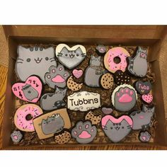 Cookies with a bite. Pusheen Birthday, Cat Birthday, Cat Cookies, Sugar Cookies, Cupcakes, Cupcake Cakes, Pusheen Cakes, O Rico, Galletas Cookies
