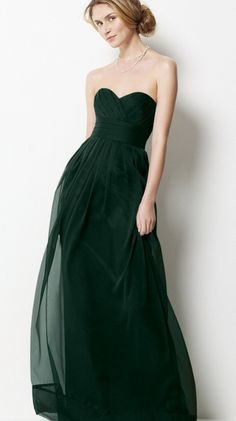 oooh dark green dress - not a fan of strapless, but i dooo like this :)