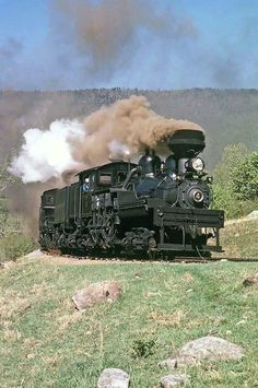 Cass Scenic Railroad in West Virginia Diesel Locomotive, Steam Locomotive, Motor A Vapor, Heritage Railway, Old Steam Train, Train Truck, Train Art, Old Trains, Train Pictures