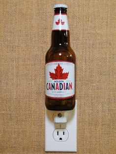 VINTAGE MOLSON CANADIAN WHEAT BEER DRINKING GLASS 12 OZ ADVERTISING MAPLE LEAF