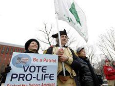 Se pronuncia a favor de una ley que mantiene a los manifestantes ''pro vida'' lejos de las clínicas donde se practican abortos