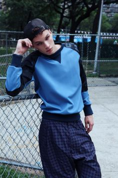⚪️ #street #style #snap #fashion