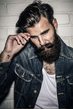 The small tattoo and beard make me swoon