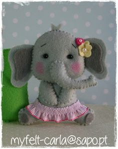 *FELT ART (plush elephant) ~ My Felt