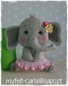 *FELT ART (plush elephant) ~ My Felt