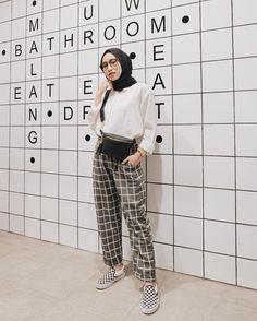 Daily outfit for hijab – Hijab+ – Hijab Fashion 2020 Hijab Casual, Hijab Chic, Casual Outfits, Fashion Outfits, Ootd Hijab, Modern Hijab Fashion, Hijab Fashion Inspiration, Muslim Fashion, Korean Fashion