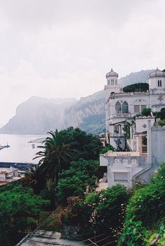 Capri in Italy / photo by Monica Forss - Actually I've seen Capri already, but it was so beautiful I want to go back.