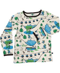 We are dreaming of our ski trip with this  super cool skiing landscape printed t-shirt  from Småfolk #emilea