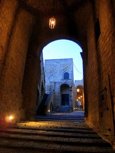 Exploring Castel del'Ovo in Naples, Italy  from http://www.nonstopfromjfk.com/exploring-naples-italy/