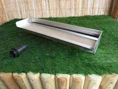 Stainless Steel Water Blade with spout overhang - BSP threaded socket back inlet. Supplied with multi step plastic hosetail fitting to suit pond pipe. Koi, Steel Water, Back Gardens, Outdoor Furniture, Outdoor Decor, Blade, Waterfall, Architecture, Stainless Steel