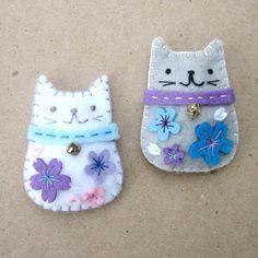Felt Magnets  Lucky Cats  Maneki Neko by yuzucha