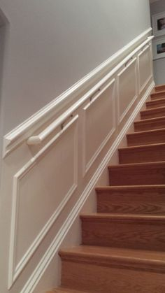 New Wooden Stairs Ideas Wainscoting 34 Ideas Wainscoting Stairs, Stair Walls, Beautiful Stairs, Staircase Remodel, Staircase Makeover, Moldings And Trim, Moulding, Wall Trim, Wooden Stairs