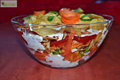 Koperek w kuchni ;): Warstwowa sałatka z chipsami i kurczakiem Guacamole, Tacos, Food And Drink, Mexican, Ethnic Recipes, Kitchen, Diet, Cooking, Kitchens