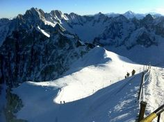Snowboarding the Vallee Blanche - France