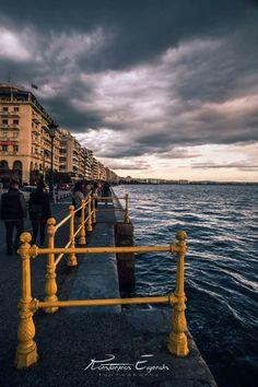 Seaside in Thessaloniki town, Macedonia, Greece Travel Around The World, Around The Worlds, Thessaloniki, Amazing Destinations, Far Away, Homeland, Night Life, Seaside, Macedonia Greece