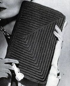 Cordet Bag No. 4827 crochet pattern from Handbags, originally published by Jack Frost Yarn Company, Volume No. 48, from 1945.