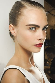 jason wu spring 2013 beauty / red wine lips and bold eyebrows / cara delevingne