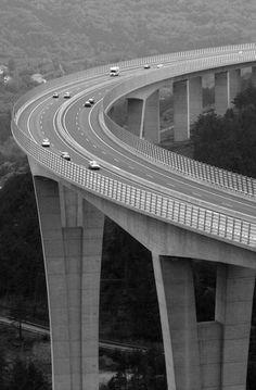 Črni Kal viaduct, highest bridge in Slovenia Places Around The World, Around The Worlds, Across The Bridge, Beautiful Roads, Bridge Design, Civil Engineering, Belle Photo, Photos, Pictures
