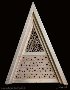 Insektennisthilfe Insektenhotel Nisthilfe Hartholz Bohrungen Holzklotz insect nesting aid insect hotel  wildbee drilled hole hardwood