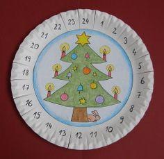 Adventný kalendár Christmas Deco, Christmas Projects, Christmas And New Year, Handmade Christmas, Christmas Ornaments, Winter Crafts For Kids, Crafts For Kids To Make, Crafts For Girls, Art For Kids